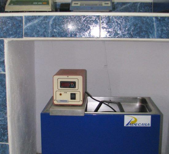 Cubeta de curado de probetas laboratorio PADECASA