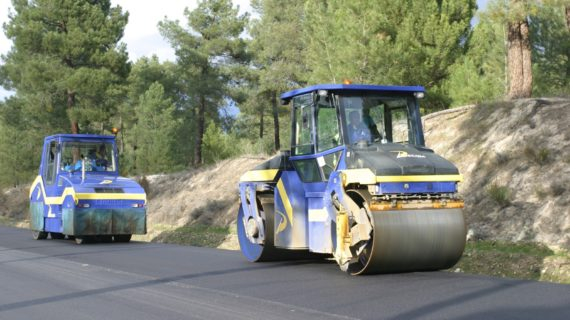 Historia equipo de compactación rodillo_neumáticos PADECASA