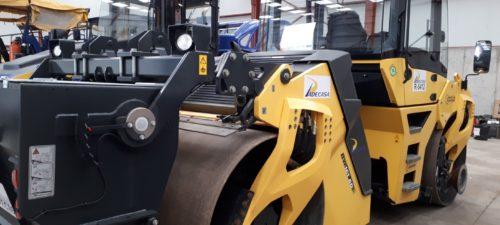 Compactadora de rodillo liso BOMAG BW161 AD-5 con dispositivo de microincrustación maquinaria PADECASA