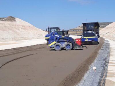 Extendido de suelo cemento y MBC en A-11-Autovía del Duero, enlace San Esteban de Gormaz-Aranda del Duero (Soria)